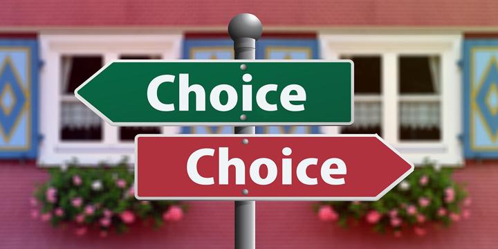 スクール選びに役立つ!比較・評判サイトを見る前に知っておきたいこと